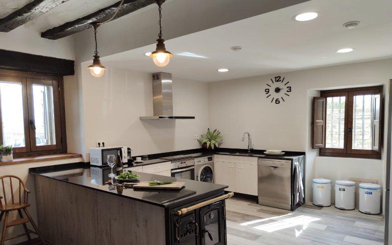Casa Larriz Cocina 3
